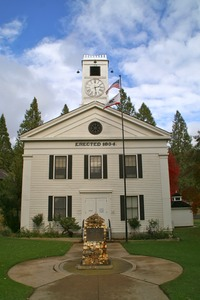 Mariposa Court House
